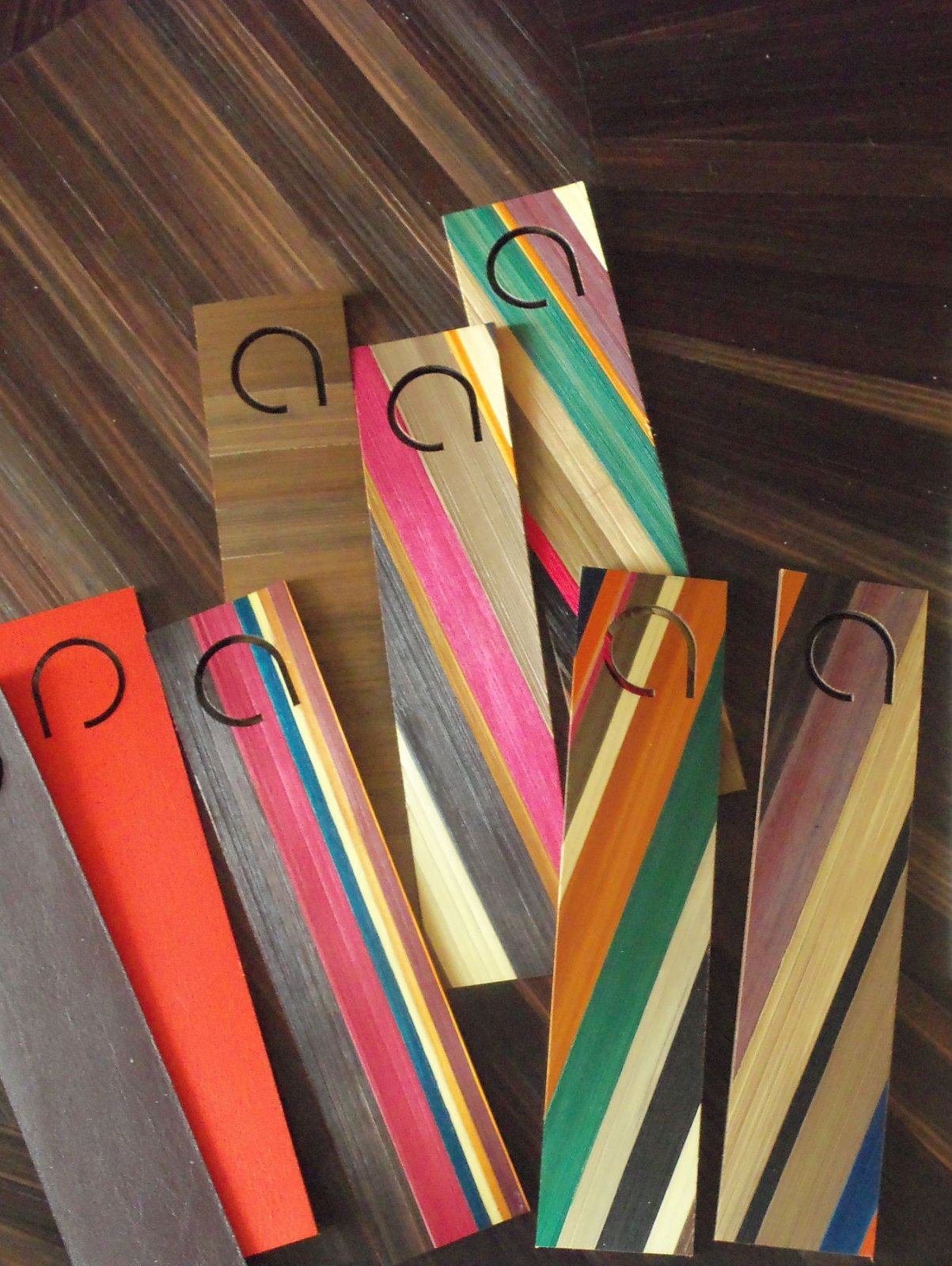 Straw marquetry bookmark