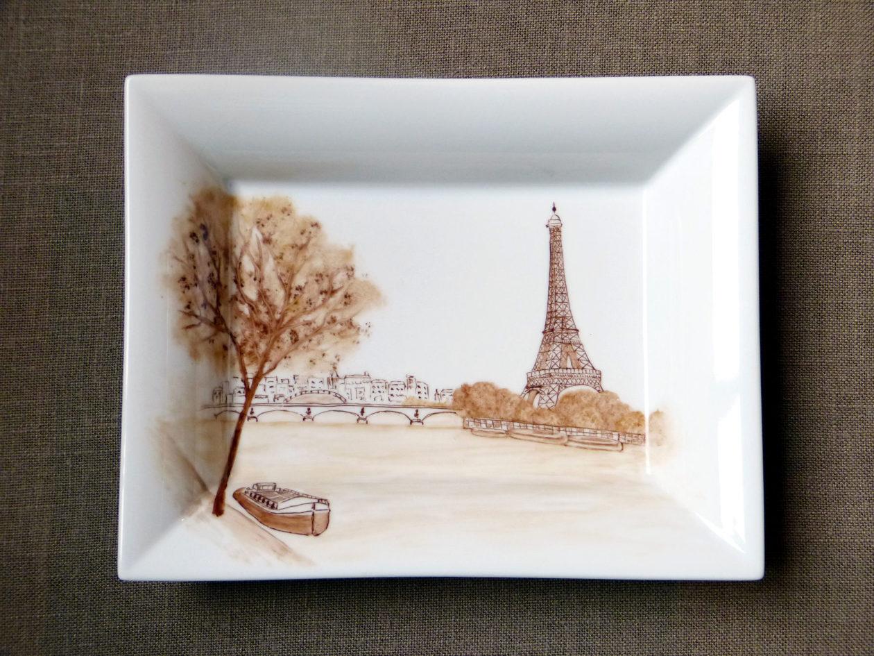 Porcelain change tray